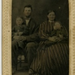 Unidentified Family Potrait